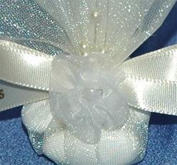 Boubounieres - Wedding & Baptism bomboniere favors. Christening bonbonieres with jordan almonds.