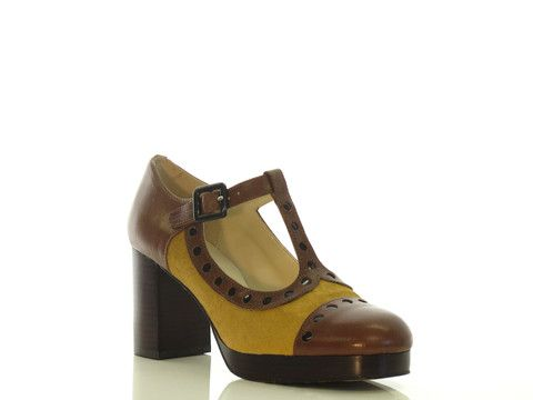 clarks ladies shoes uk