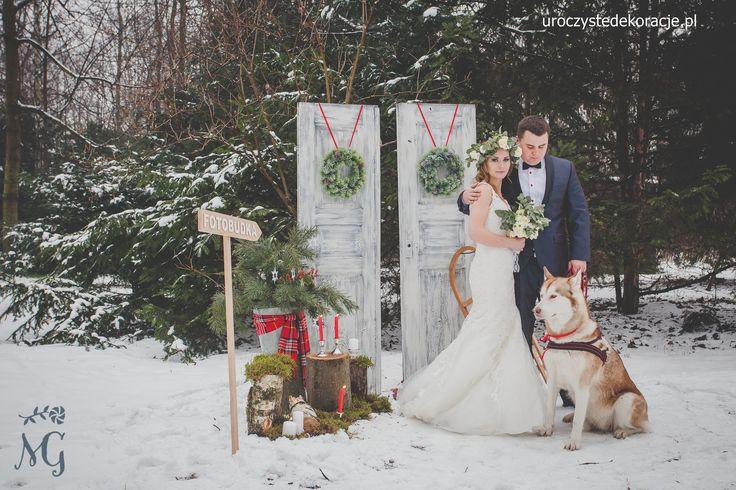 Zimowa sesja ślubna. Dekoracje na zimowy ślub.Winter wedding. Kwiaty i scenografia Uroczyste Dekoracje