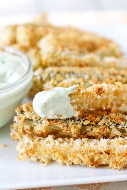 SPOON: New Year's Eve Party Ideas #partyappetizers #zucchinifries