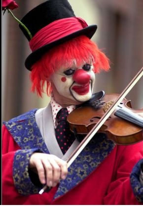 Od suze do osmeha... 1fe71001408dc810bf9bbac29cbf6385--clown-photos-creepy-clown