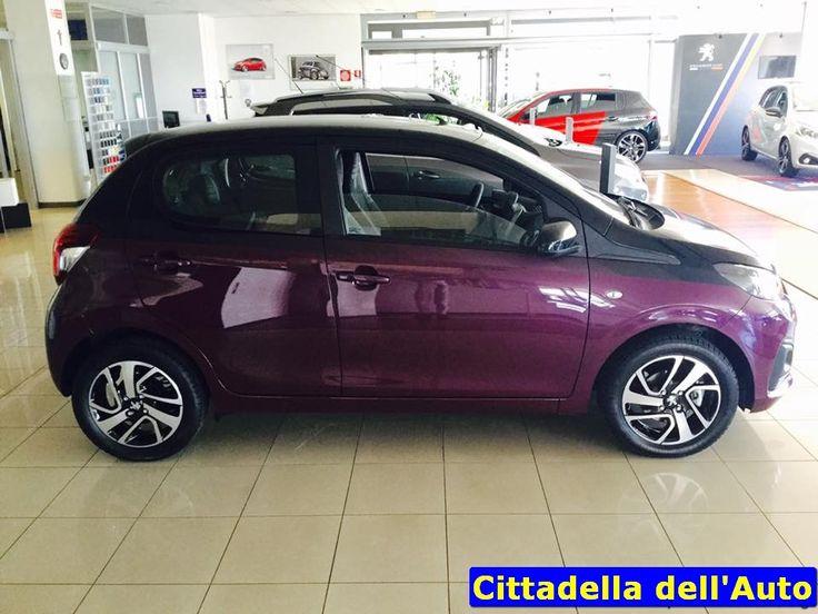 Peugeot 108 – 1.0 ACTIVE 5 PORTE – km ZERO - immatricolata Marzo 2016 - colore Red Purple – vernice metallizzata/ruotino/touch screen. Garanzia del costruttore. Da noi a soli €. 10.300 oltre a passaggio di proprietà. Sono disponibili auto dello stesso modello km 0 con diversi allestimenti. maurizio.moretti@supercarsrl.eu 333.6456861 Per questa e altre proposte, visitate il nostro sito: www.cittadelladellauto.it