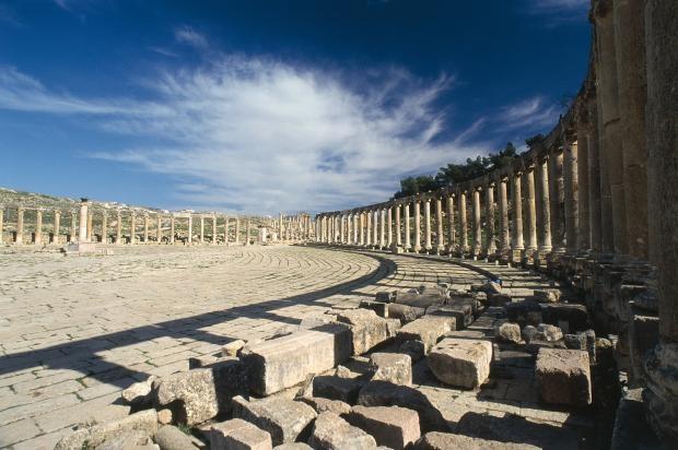Jerash the City of 1000 pillars - Travelpickr http://bit.ly/10UfweC