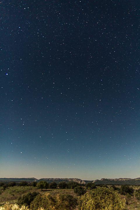 Una noche estrellada en el Salto del Gitano, en Monfragüe.