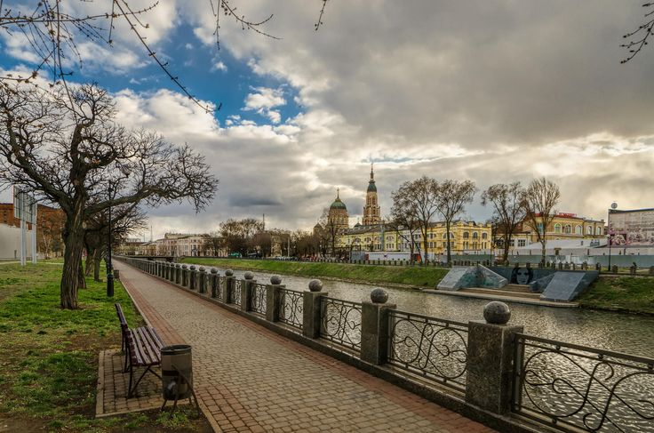 Spring evening on the waterfront Lopanskry by Igor Nayda on 500px