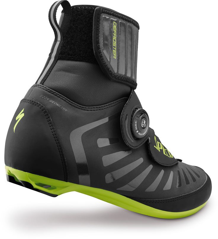 Defroster Road Thinsulate® 400 gram insulation for warmth, with waterproof, seam-sealed internal bootie construction and reflective heat-loss barrier in the sole.