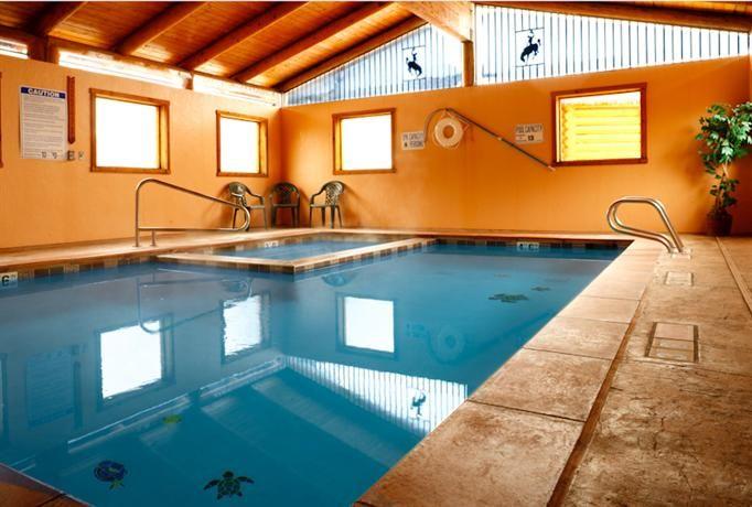 eVacationBreaks - Cowboy Village Resort