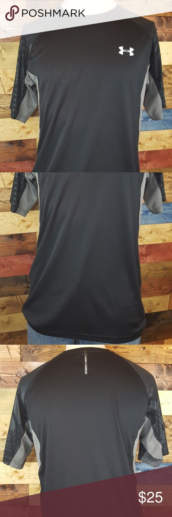 Under Armour Cold Black Heat Gear Regular Fit Med Super clean condition.  No holes, rips snags or stains.  Perfect for back to school or athletics events! Under Armour Shirts Tees - Short Sleeve