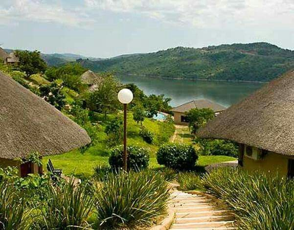 Piggs Peak is a town in north western Swaziland. It was founded around gold prospecting in 1884, but its main industry is now forestry. The Phophonyane Falls lie near the town. Piggs Peak Casino takes its name from the area. In 2001 the 115m high wall of the Maguga Dam was completed in the Komati River 12 km south of town... Welcome to Extreme Frontiers... Our website is http://gerhard53.wixsite.com/extreme-frontiers