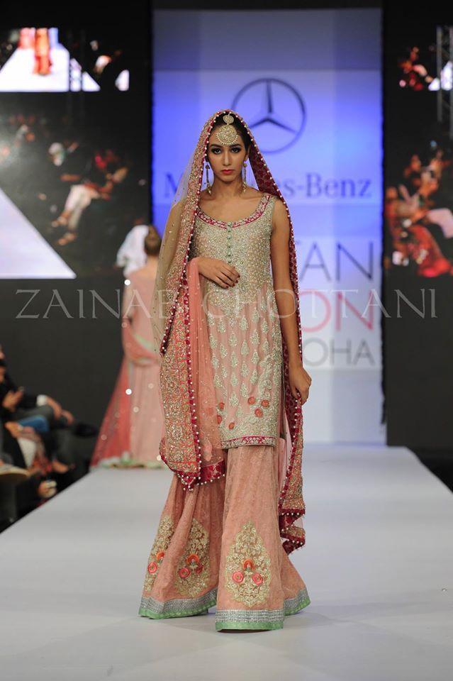 Zainab Chottani Bridals Wear Dresses At Pakistan Fashion Week Doha 2015 (3)