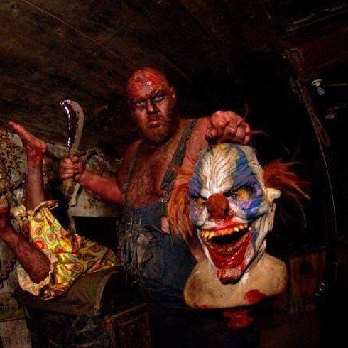 Haunted Hoochie — Columbus, Ohio | 19 Insane Haunted Houses That'll Literally Scare The Shit Out Of You