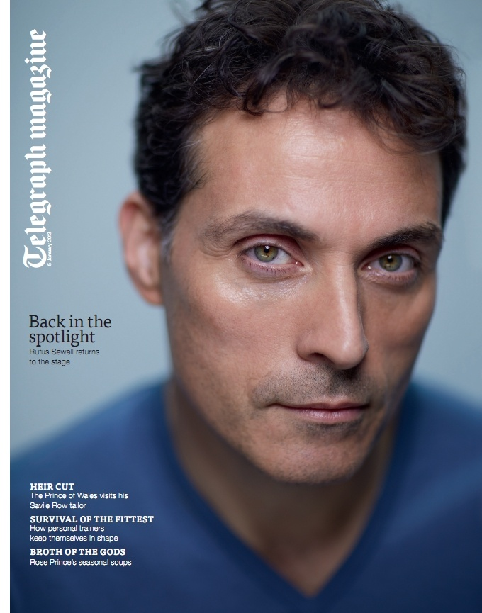 Rufus Sewell wearing style Bobby in Arctic.