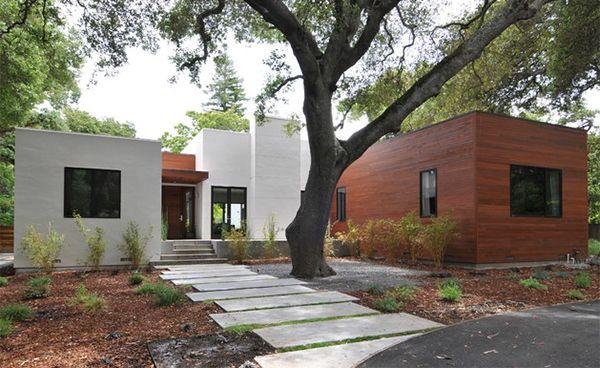 Merancang Jalan Setapak Taman Modern Rumah Minimalis