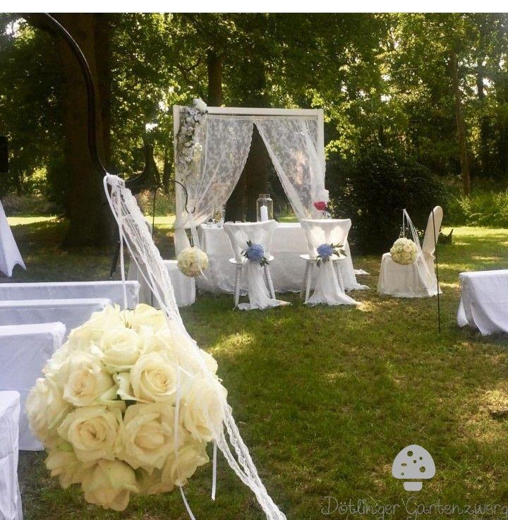Freie Trauung Im Park Trauung Hochzeitsdekoration Hochzeit
