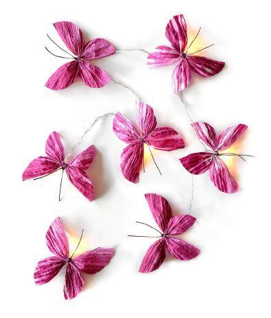 Lichterkette mit Schmetterlingen