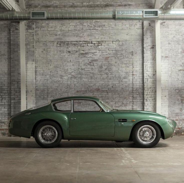 Vintage Aston Martin Db5