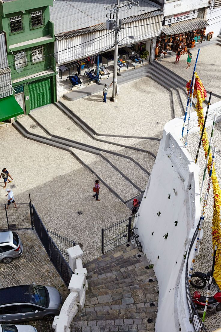 The new design for Ladeira da Barroquinha in the centre of Salvador is an extension of the public space renovations for the Glauber Rocha Theatre and the Gregorio de Mattos Foundation cultural area based at Barroquinha Church.