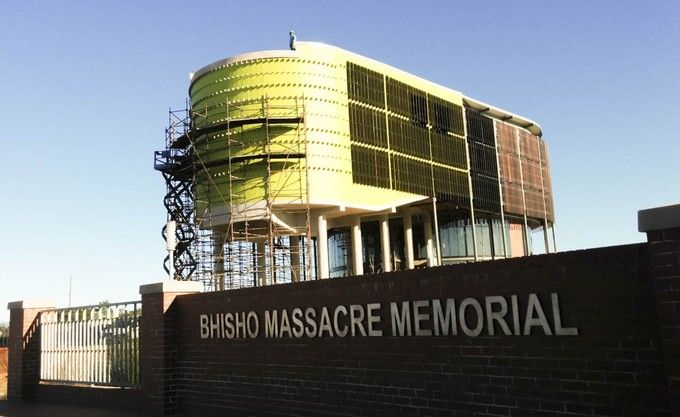 Construction of the R34 million memorial to the victims of the Bhisho massacre has been delayed by more than two years.