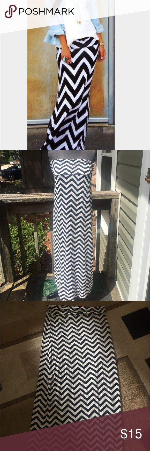 Chevron Maxi Skirt This skirt is black and white it could also be worn as a maxi dress depending on your height. Skirts Maxi