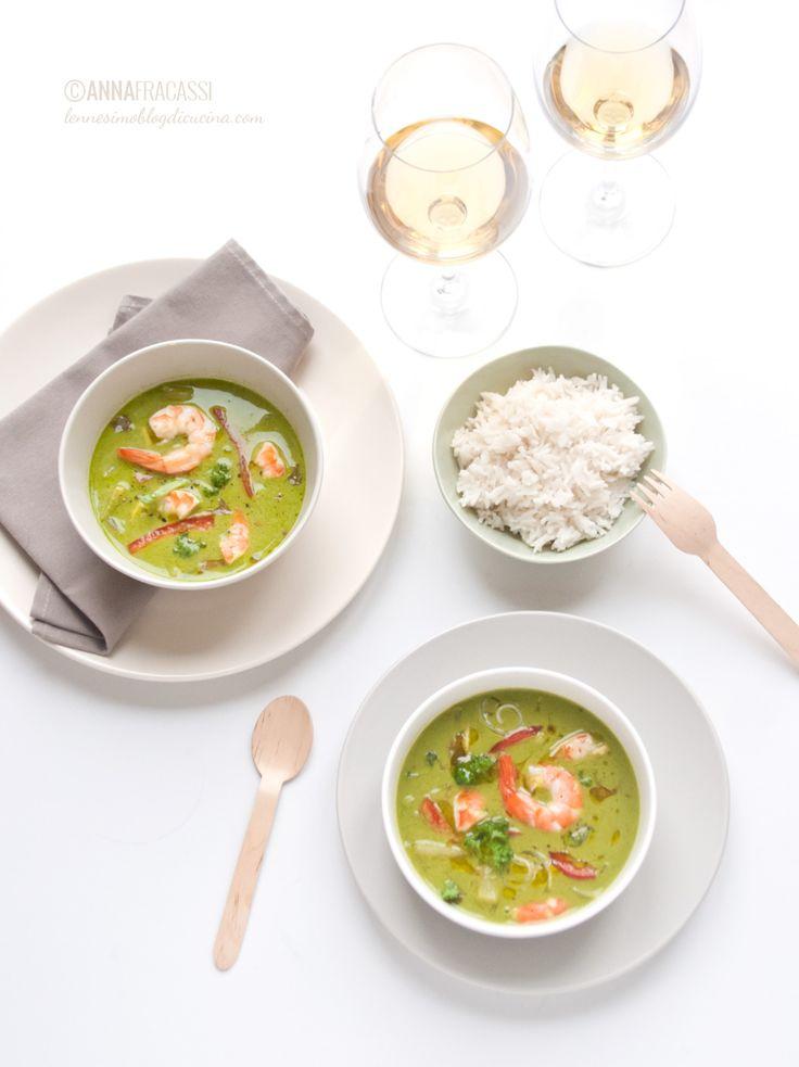 Curry verde thai di gamberi e un calice di Bastianich Plus ©AnnaFracassi