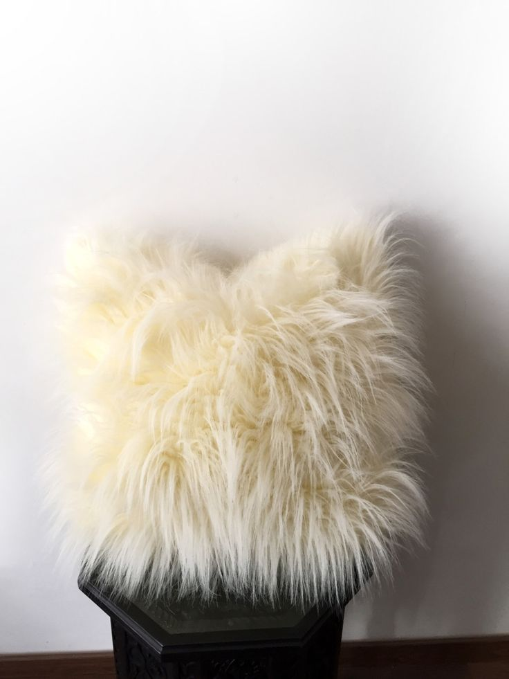 17 best ideas about shaggy cushions on pinterest shaggy for White faux fur pillow
