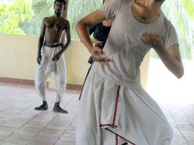 Bharata Natyam practice on the terrace of the Bharata Kalanjali Dance School, Chennai, Tamil Nadu India