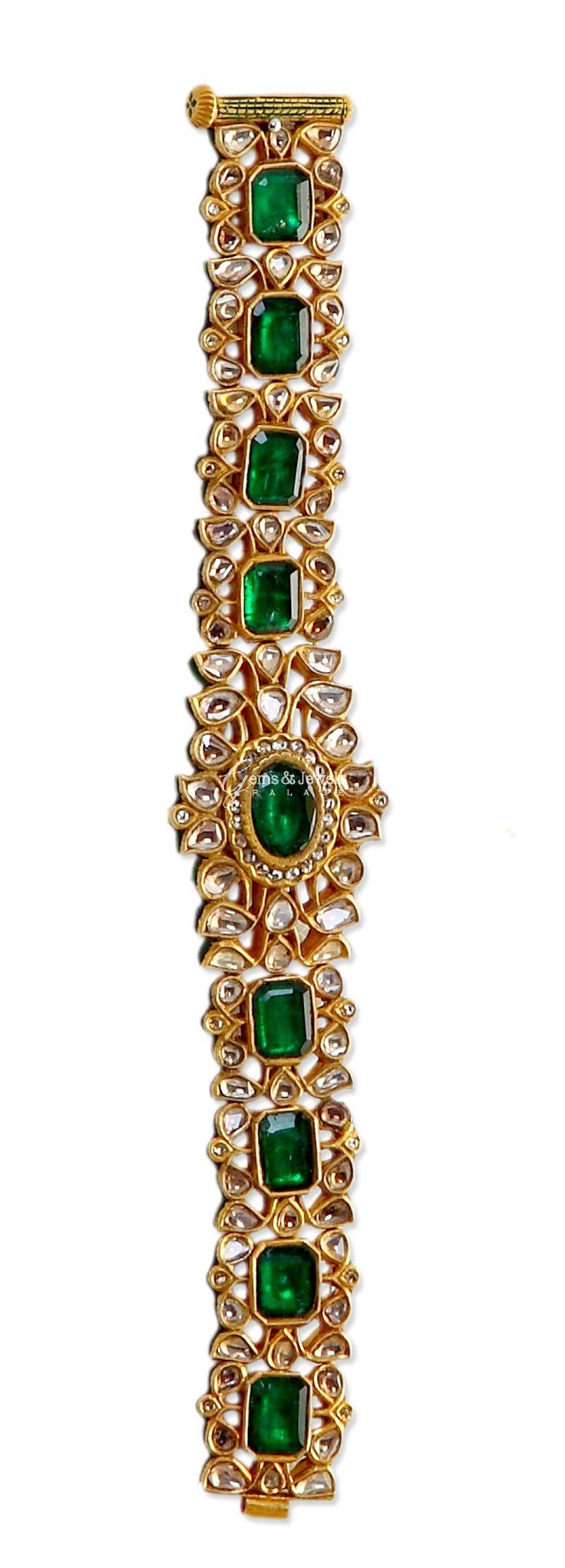 Jadau Polki Emerald Bracelet