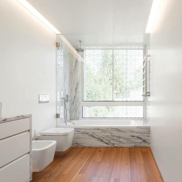 geraumiges badezimmer klebefolie mamor website pic der feaaceaaccdfa bathroom marble terraced house