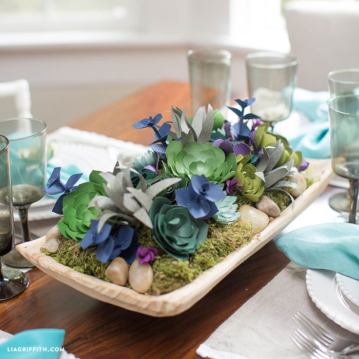 Make your own stunning centerpiece using succulent paper flowers and Desert Floral Foam. Download the patterns and follow the tutorial by handcrafted lifestyle expert Lia Griffith. #makeitfuncrafts
