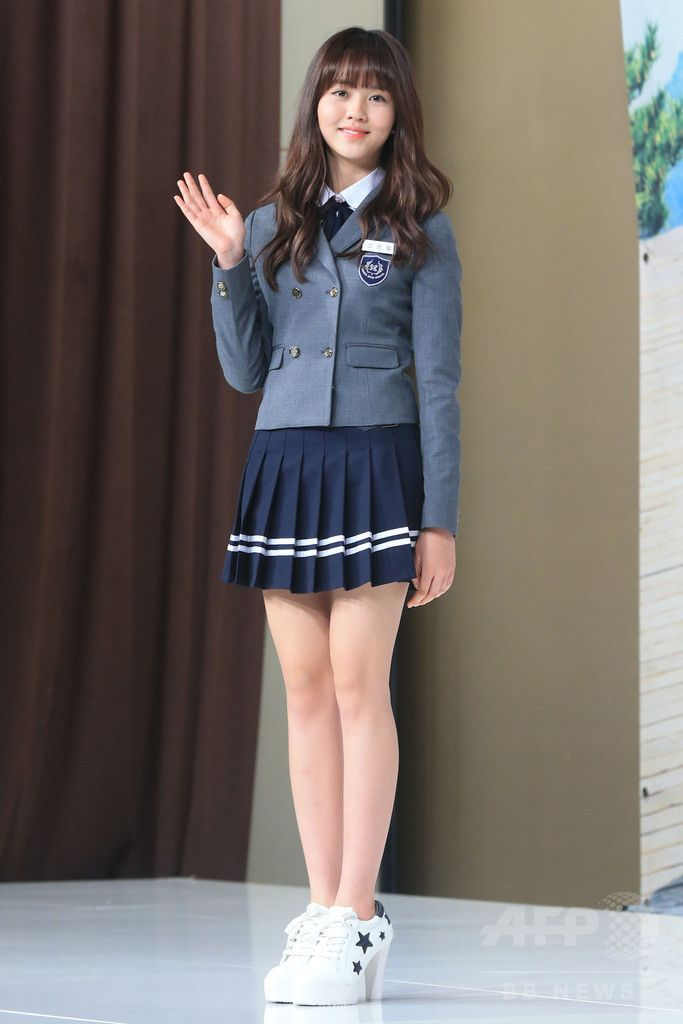ソウルタイムズスクエア(Seoul Times Square)で行われた、韓国放送公社(KBS)の新ドラマ「Who Are You-学校2015 후아유 - 학교 2015」の制作発表会に臨む、女優のキム・ソヒョン(2015年4月22日撮影)。(c)STARNEWS ▼3May2015AFP|新ドラマ「Who Are You」の制作発表会開催 ソウル http://www.afpbb.com/articles/-/3047320