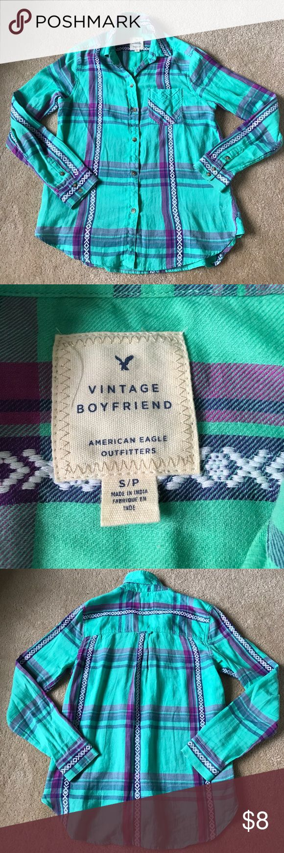 American Eagle Button Down Size S Adorable green and purple Button Down top by American Eagle Outfitters. Boyfriend cut which means it fits a bit looser. 💯 % Cotton. EUC. Comes from pet free/smoke free home American Eagle Outfitters Tops Button Down Shirts