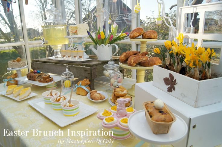 Easter Brunch/High Tea Table. Styling and pictures by Masterpiece Of Cake, food by Banketbakkerij Lanskroon.