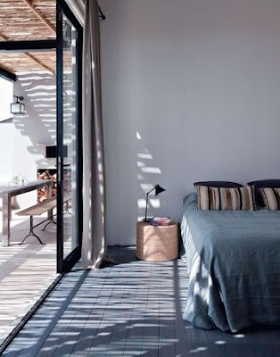 Bedroom- a big sliding door to open to a terrace