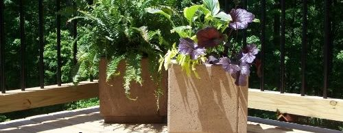 How to Make Patio Paver Planters - bystephanielynn bystephanielynn.com