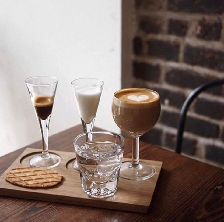 Via @baristadaily ☕️ #worldsuniquedesigns #loveit #coffee #coffeetime #coffeeart #coffeecup #coffeelover #coffeeaddict #coffeelife #barista #baristalife #baristadaily #baristadiary #love #tgif #likepost #likelikelike