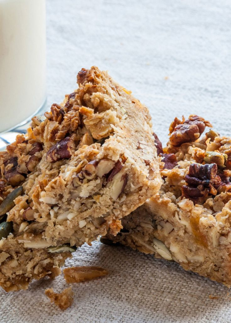 Cereal bars make a great, energy-boosting snack, and particularly appeal to kids, who relish their crunchy consistency and biscuity taste. Try making these bars on a Sunday night and you'll have effectively made breakfast for the week ahead
