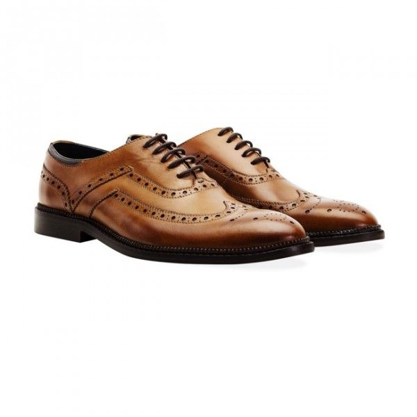 Goodwin Smith Barley Tan Oxford Brogue Shoes Hand burnished premium quality aniline leather. Tan Oxford brogue shoes with Goodwin Smith navy leather heel collar.  £100 Order yours > http://www.kindredsole.com/designers/goodwin-smith-shoes/goodwin-smith-barley-tan-oxford-brogue-shoes.html