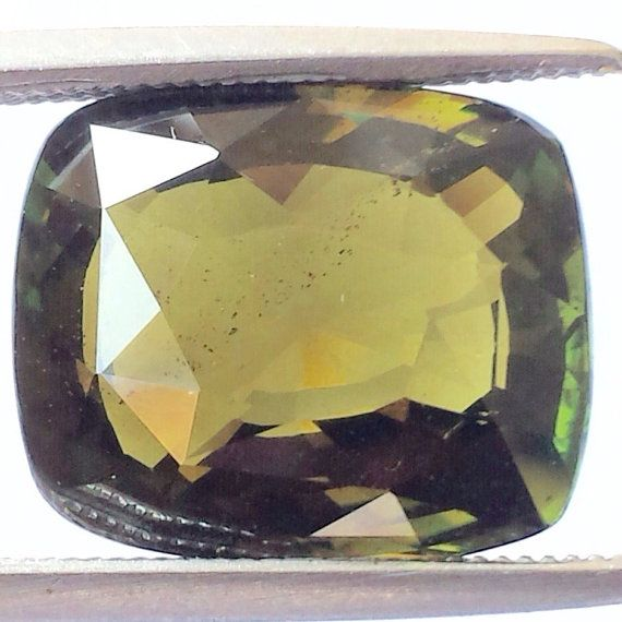 alexandrite of more than9 carats Sri Lanka. от ODMIVINTAGE на Etsy