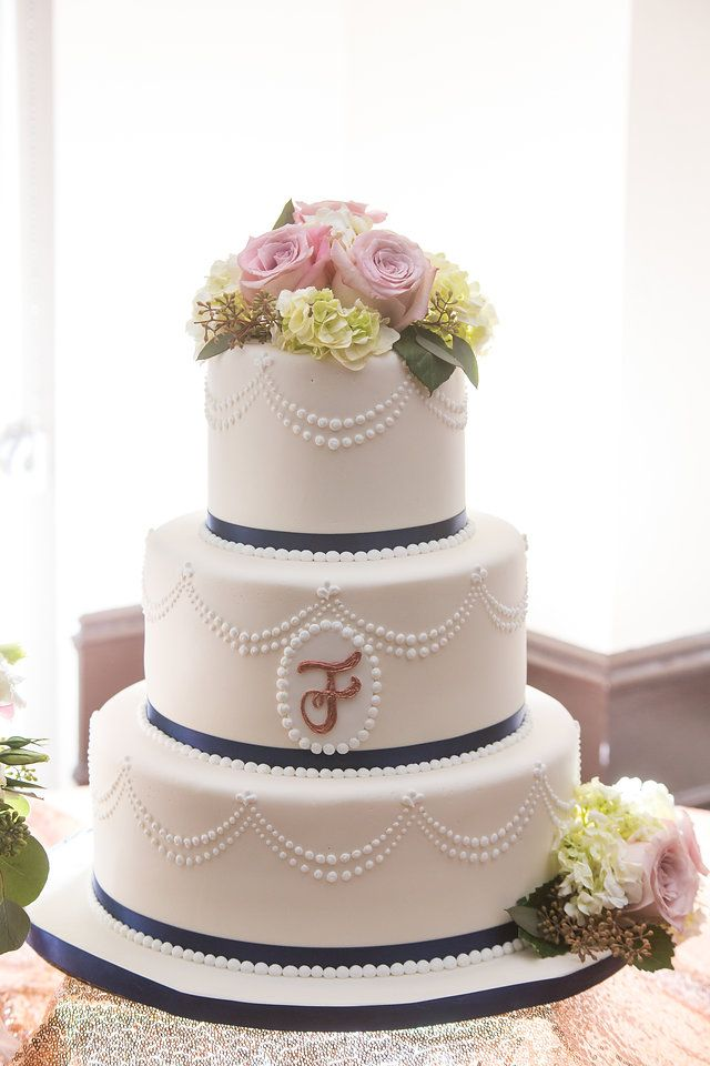 wedding cakes los angeles prices%0A This Southern California wedding venue not only offers incredible views and  wedding package offerings  but the price point and value of services