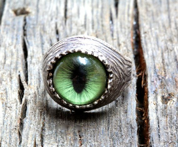Green Cat  Eye Ring sizes 4 to 11 self adjustable by billyblue22