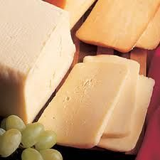 10 Favorite types of cheese for a raclette party!