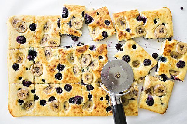 SHEET PAN BANANA BLUEBERRY PANCAKES (would probably use banana flourless pancake batter)