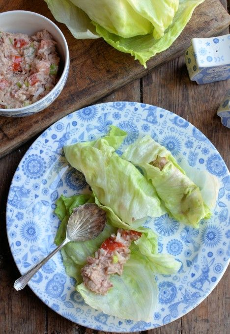 Tuna Salad Lettuce Wraps (5:2 Diet) | http://www.lavenderandlovage.com
