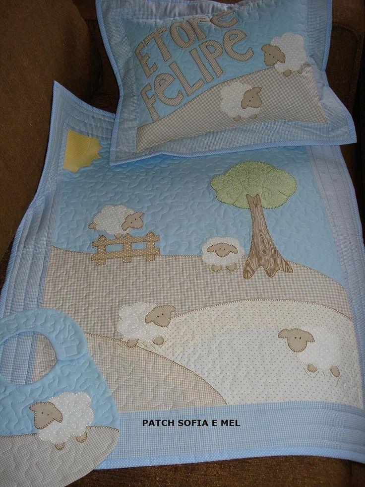 https://flic.kr/p/7ZnJTe | Conjunto para bebê | Travesseiro, colcha e babeiro