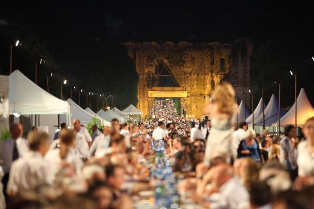 "Tortellini-Kultfest ""Festa del nodo d'amore"" in Valeggio sul Mincio"