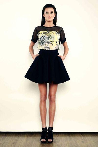 T-shirt - tropical print z siatką - model 06