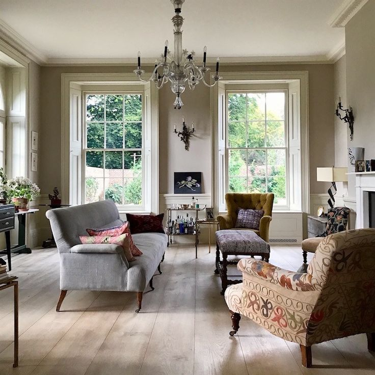 Here's What The Classic Homes Of Tomorrow Will Look Like. - laurel home - exquisite Winchester home designed by architect George Saumarez Smith. photo by Laurel Bern - love the mix of class architecture - the large shuttered windows, traditionally furnish
