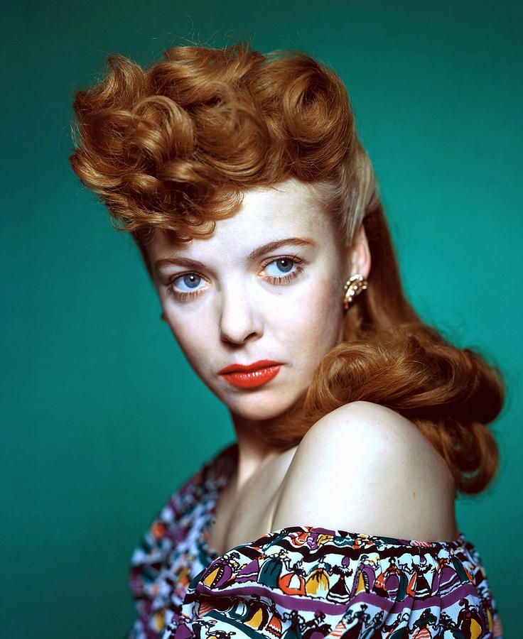 Anglo-American actress and director, Ida Lupino, in a portrait by Everett from the mid-1940s.