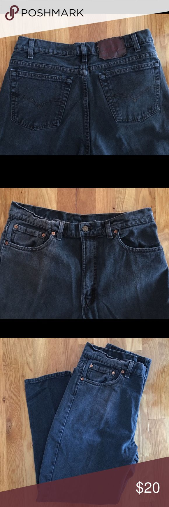 """Men Levi's 550 34x30 Men Levi's 550 Relaxed Fit Tapered Leg 34 x 30. 100% cotton. Made in the U.S.A 🇺🇸. Good pre-owned condition. The red """"Levi's"""" tab was cut off. They were kept in a smoke free home. Levi's Jeans Relaxed"""