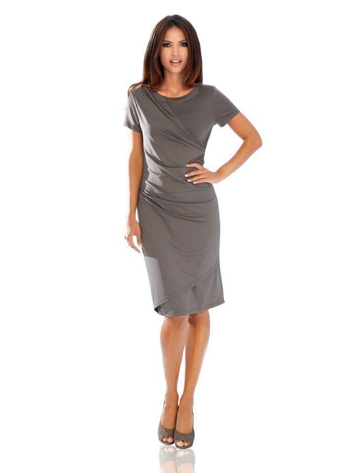 d9605076bfd044 heine TIMELESS Jerseykleid in Wickeloptik für 69,99€. Topmodisch für  Freizeit und Festlichkeiten